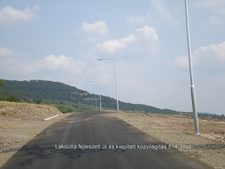 Útfejlesztés és közvilágítás kiépítése